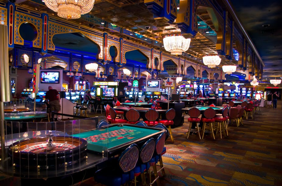 The Pros And The Cons: Casinos